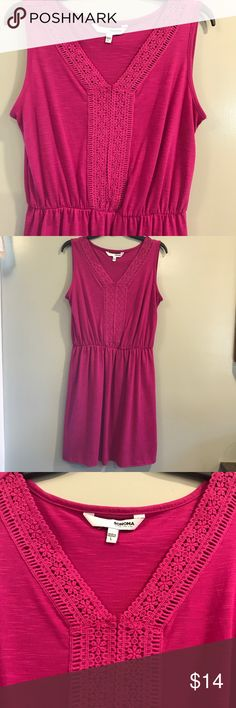 Pink summer sleeveless dress Soft, comfy and perfect for any occasion.   EUC Sonoma Dresses Midi
