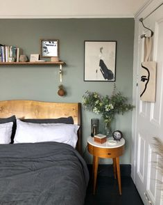 Small update: a new shade of Green in the bedroom Green Bedroom Walls, Bedroom Wall Colors, Green Rooms, Home Decor Bedroom, Green Bedroom Colors, Best Colour For Bedroom, Bedroom Small, Colourful Bedroom, Sage Green Bedroom