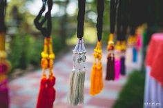 Under Rs 5000: 15+ DIY Decor Ideas For The Bride On a Budget! | WedMeGood