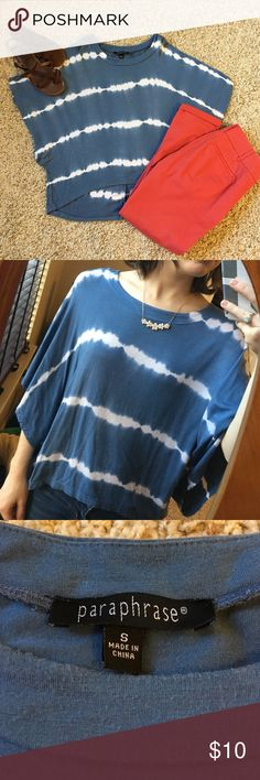 Slate blue float top Super soft and comfy! This top has some mild piling as shown in the last picture. In good condition 😊 paraphrase  Tops