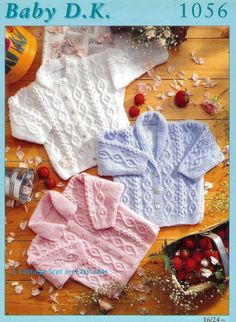 SATILIK - Bebek / Toddler DK Hırka ve Ceket 3 stilleri 16-24 ins - Vintage Örgü Desenleri Bebek 1056- pdf
