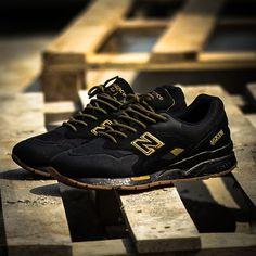 New Balance 1600AG Black Metalic Gold - New Balance - Shoes - ATAF