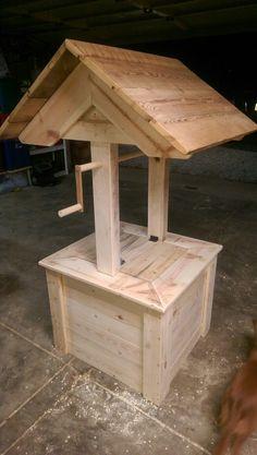 #Pallet #wood #wishing #well