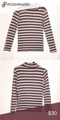 Anthropologie Michael stars cowl neck One size fits most but would fit small - medium better! Very cute! Make an offer Anthropologie Tops Tees - Long Sleeve