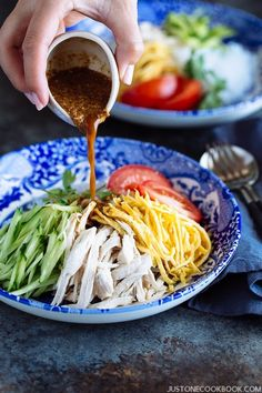 Honey Sesame Shirataki Noodles (冷)しらたきヌードル はちみつ胡麻ドレ和え | Easy Japanese Recipes at JustOneCookbook.com