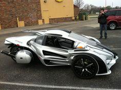Cool Car or Bike? t-rex Transformers, Reverse Trike, Honda Shadow, Futuristic Cars, Futuristic Technology, Sweet Cars, Kit Cars, Cool Bikes, T Rex