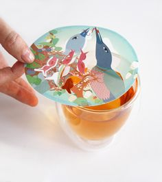 Steam Waverz; Your tea moves the artworks and alows the adult birds to feed their young ones. Product development & Design: Angeliek Caelen