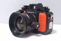 Nikon Nikonos V 35mm Point & Shoot Film Camera  w/20mm F/2.8 SN3052280