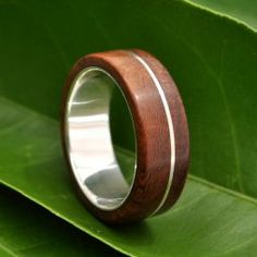 Gyűrű fából és újrahasznosított ezüstből  2 /  Wood ring with recycled sterling silver 2