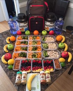 Coach knows best! Flawless prepxecution by @coachadrianfit ---- #MealPrep  Don't think of it as a (Die)tthat word just sounds deceiving. This is an #Art a way of Life!!Most importantly have fun with it!! We are what we EAT #Fitfam So don't sell yourself short on Nutrition!! Let's #Inspire the World Together! #Happy #Monday #Fam #MotivationMonday #100 Prep Details: Fruit-To-Go 4c Fruit Mix LemonWater 2oz Raw Almonds 6oz Sweet Potato Fries 7oz Lean Turkey2c Broccoli 8oz Baked Salmon2c Broccoli…