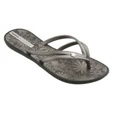 Image result for gisele bundchen flip flops