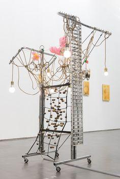 Totem Robot – Askew Haegue Yang2010