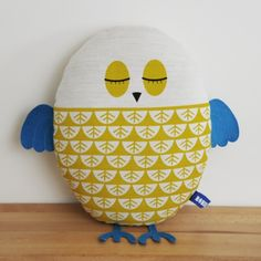 cutest owl pillow i have ever seen!