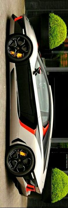 (°!°) Lamborghini Aventador