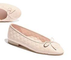 Ballerines, agneau-beige clair - CHANEL Beige Clair, Chanel Fashion Show,  Fashion c76324904c1