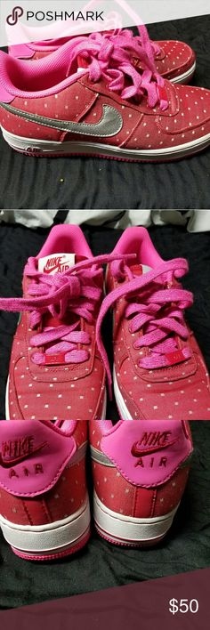 Nike SB Dunks Red W/polka dots girls S7 Only worn 2 times.  Perfect condition.   Women up to size 9 can wear. Nike Shoes Sneakers