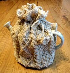 Irish Cable knit Tea Cosy made from ragg wool