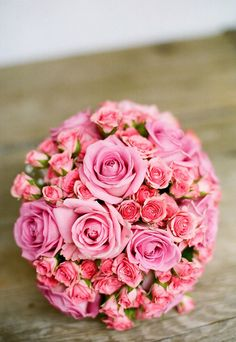 Wedding inspiration: pink roses bridal bouquet