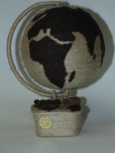Coffee Crafts, Coffee Art, Image T, Origami Paper, Christmas Tree Decorations, Jute, 3 D, Artisan, Wraps
