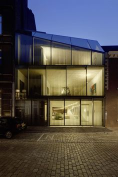 V' House in Maastricht / designed by Wiel Arets Architects