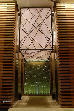 广州富力君悦/Grand Hyatt Guangzhou-22层酒店大堂电梯间/LIFT ROOM LOBBY on 22nd floor | Flickr - Photo Sharing!
