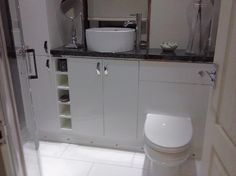 #VPShareYourStyle angela from coatbridge uses white modern bathroom furniture to create a clean looking bathroom that we rated.