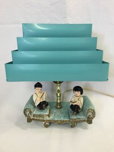 Vintage Venetian Blind Shade Lamp Mid Century by TangerineFig Chinese Lamps, Chinese Figurines, Retro Lamp, Shades Blinds, Asian Doll, Vintage Lamps, Mid Century House, Cool Lighting, Midcentury Modern