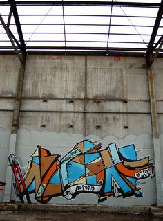 Nerone, Le Coktail, Graffiti, Street art, Bordeaux, Vitrail, pince monseigneur