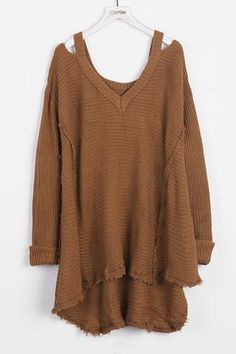 Cupshe Stealing Beauty V Neck Rough Sweater