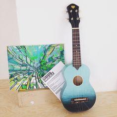 I want to paint a design in my uke, but it might not show because it's purple Ukulele Art, Cool Ukulele, Ukulele Chords, Guitar Art, Music Guitar, Ukelele Painted, Ukulele Songs Beginner, Ukulele Design, Instruments