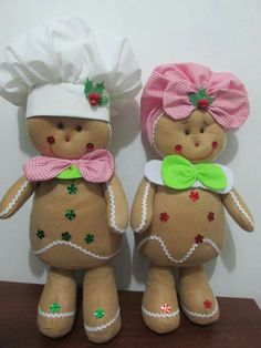 Gingerbread Crafts, Gingerbread Men, Christmas Gingerbread, Gingerbread Cookies, Ginger Bread, Wood Pieces, Clay Pots, Country Christmas, Christmas Decorations