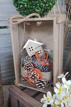 DIY διακοσμητική σύνθεση για το Φθινόπωρο με τελάρα, κουκουνάρια και διαφορα διακοσμητικά. Δες στο άρθρο μας περισσότερες φθινοπωρινές ιδέες.  #φθινοπωρινηδιακοσμηση #διακοσμηση2019 #φθινοπωριναδιακοσμητικα #φθινοπωρινοντεκορ #falldecor #falldecorating #falldecorideas #diyfalldecor #diyhomedecor #autumndecor #autumndecorations #indoorautumndecorations #diyhomedecor #diyhomedecorideas #barkasgr #barkas #afoibarka #μπαρκας #αφοιμπαρκα #imaginecreategr