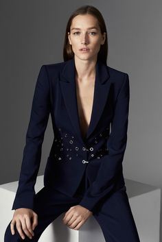 Mugler Pre-Fall 2015 Collection Photos - Vogue
