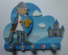porte manteau chevalier - décoration pour enfants - agathe  la pirate - Fait Maison