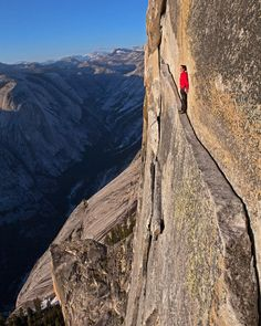Outstanding Climbing Photography by Jimmy Chin #photography #climbing #alpine #adventure #instatravel