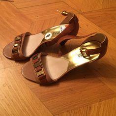 Spotted while shopping on Poshmark: Michael Kors Kitten Heels! #poshmark #fashion #shopping #style #Michael Kors #Shoes