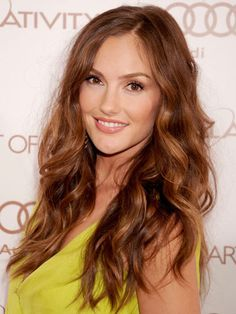 Big, sexy waves give a solid Light Brown Golden #hair #color glam texture and dimension.