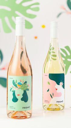 Food Packaging Design, Beverage Packaging, Bottle Packaging, Brand Packaging, Wine Label Design, Bottle Design, Mockup Design, Packaging Inspiration, Logo Minimalista