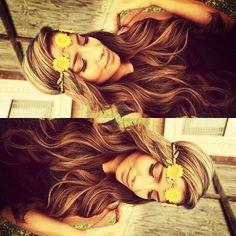 Cute headband. Pretty hair.