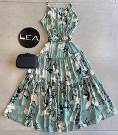 Cute Casual Outfits, Pretty Outfits, Stylish Outfits, Casual Dresses, Short Dresses, Long Dress Fashion, Girl Fashion, Fashion Dresses, Bohemian Mode