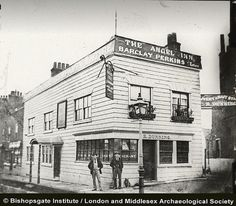 The Angel Inn, Highgate (c1920) __ https://www.flickr.com/photos/bishopsgate/4647712288/in/photostream/