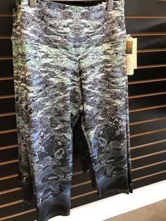 Inspire Printed Capri Pants- Ripples Aqua