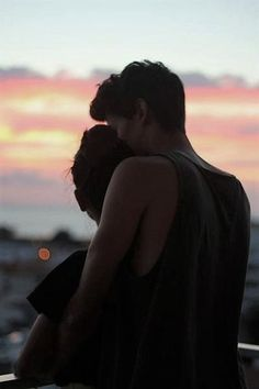 @ardillahv *couple goals sunset*/*fotos en pareja atardecer*/#tumblr/ #couplegoals