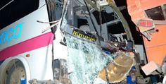 #Oaxaca #Noticias: Deja un muerto y 20 heridos choque de autobús que ...