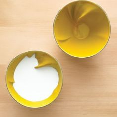 When you fill this bowl with liquid, the outline of a cat magically appears! Handmade in France by Geraldine de Beco.