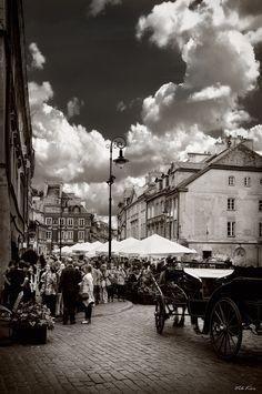 Streets of the old Warsaw by Viktor Korostynski