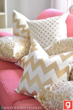 .love pink and gold. Girls room?