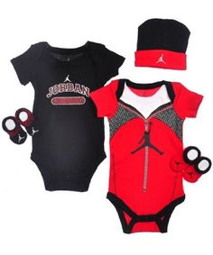 Amazon.com  Jordan Baby 5 Piece Athletic Warmup Outfit Set (0-6 months)  Black 7b72554b0