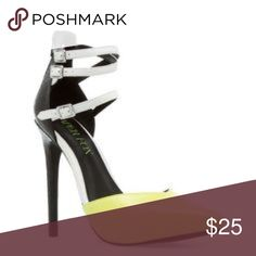 Heels Closed toe, lime green, black and white. Shoe Dazzle Shoes Heels