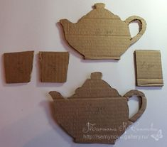 We can use cardboard and fabric scraps with make this fresh holder for teabags or coffee bags. Materials you may need: Cardboard Fabric scraps and ribons Teapot pattern Scissors Knife Glue Paper Folding Crafts, Paper Crafts, Diy Arts And Crafts, Diy Crafts, Cardboard Crafts, Bottle Crafts, Diy Room Decor, Diy Tutorial, Paper Flowers